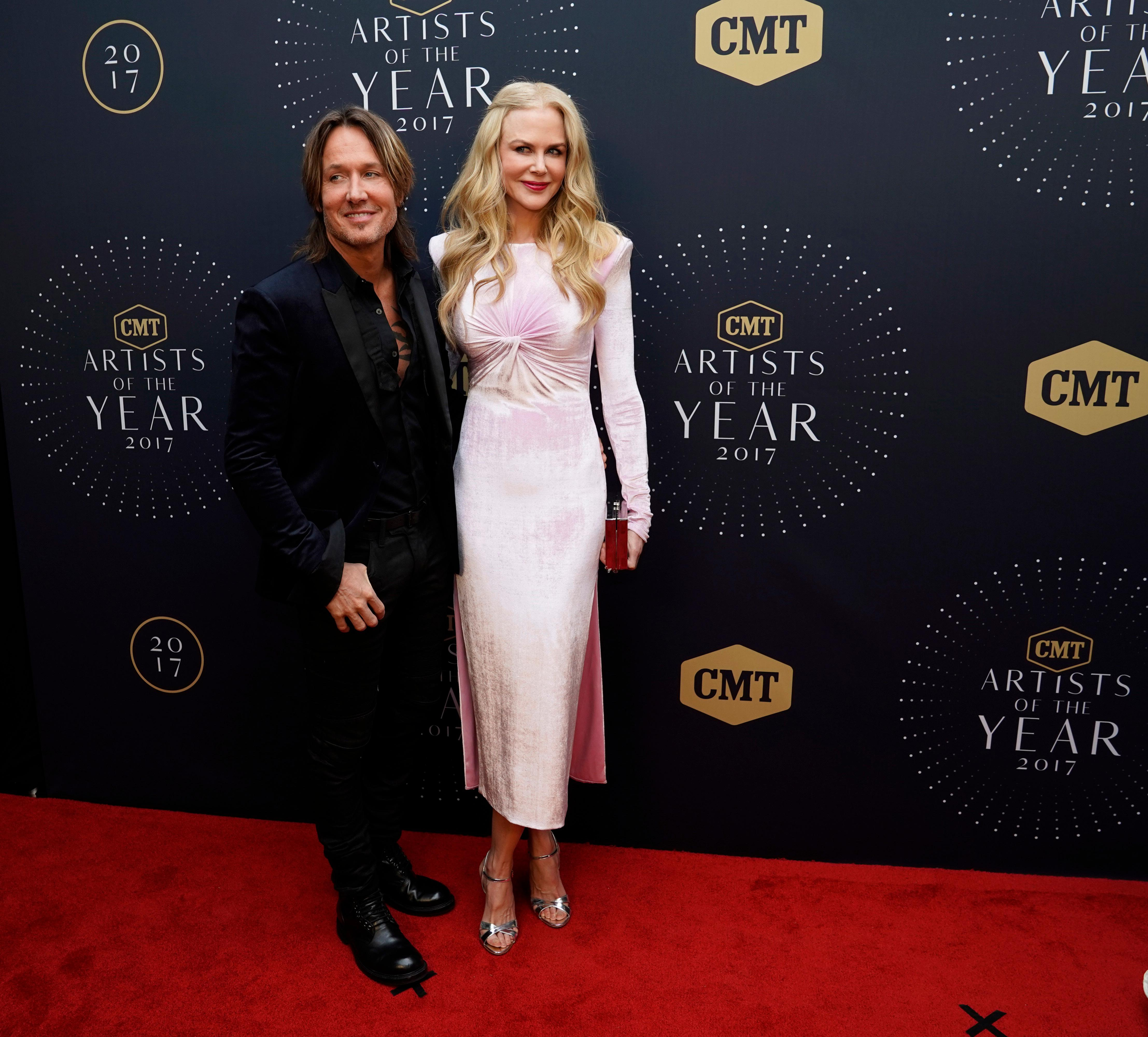 Keith Urban and wife Nicole Kidman seen at the 2017 CMT Artists of the Year at Schermerhorn Symphony Center on Wednesday, Oct. 18, 2017, in Nashville, Tenn. (Photo by Sanford Myers/Invision/AP)