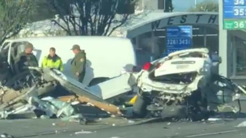 At least one killed in horrific crash in Los Banos | KMPH