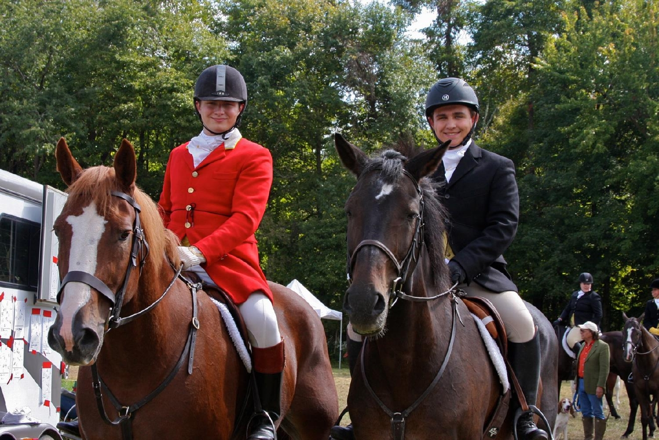 Maxwell Round (horse: Major) and Matthew Round (horse: Romeo) / Image: Molly Paz