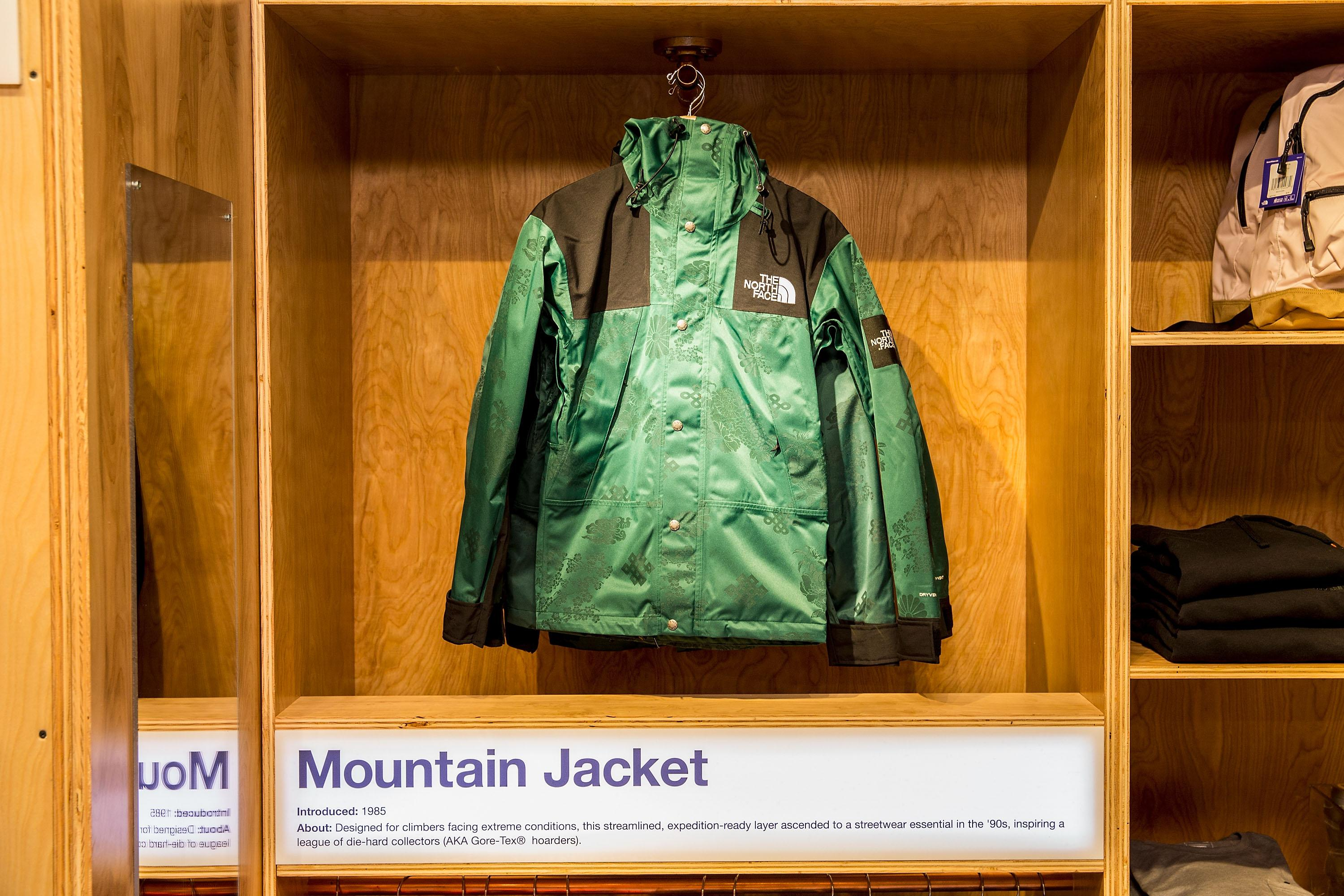 When you think Seattle fashion, you likely think North Face jackets and Nordstrom. So it's only right that they two PNW giants (one from here, one worn here like a uniform) came together for a special, limited time only pop-up. The Exclusive capsule collection features the North Face brand's most iconic pieces, like the Denali jacket, Nuptse puffer and the Mountain Jacket. The pop-in opens January 12, 2017 and will be available in store at Bellevue Square and downtown Seattle, and online through February 11, 2017 at Nordstrom.com/pop. (Image: Nordstrom)