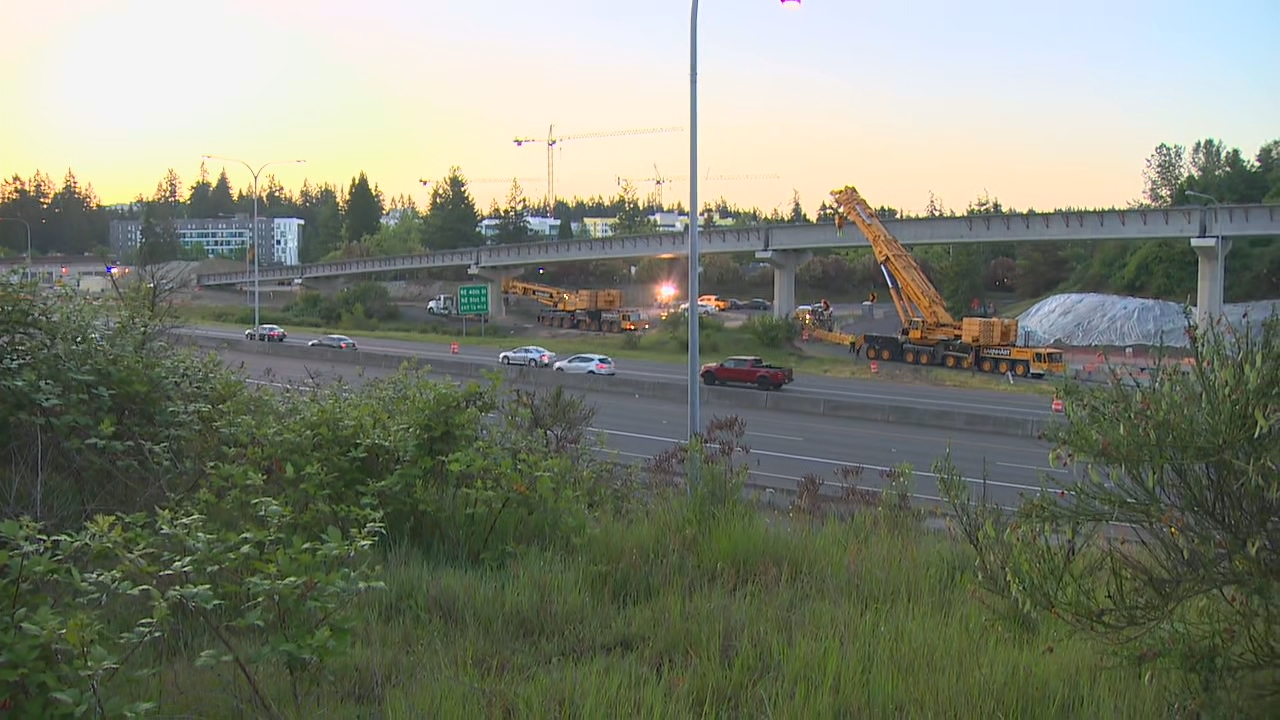 A construction worker fatally fell from a column while working on the Sound Transit East Link light rail extension in Redmond. (Photo credit: KOMO News)