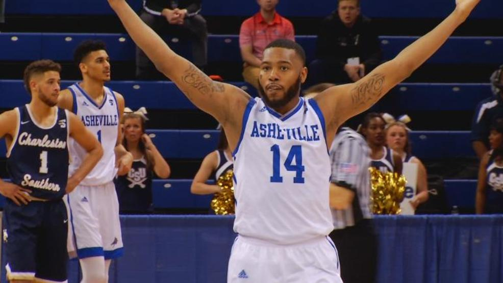Ahmad Thomas led the Bulldogs with 17 points in the quarterfinal win over Charleston Southern (WLOS Staff).jpg
