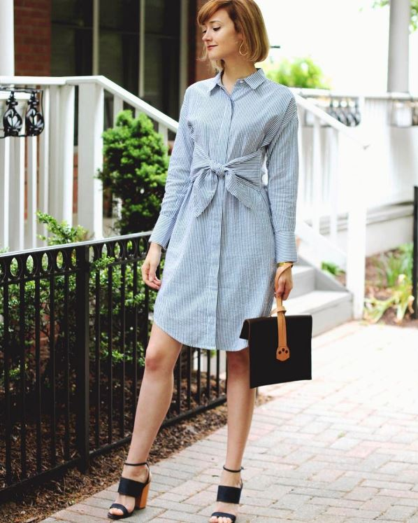 IMAGE: IG user @districtofchic / POST: The perfect little shirt dress I've been scouring the internet for (who would have thought it would be so hard to find?) + a cool new clutch from @saddlebackbags #ontheblog .