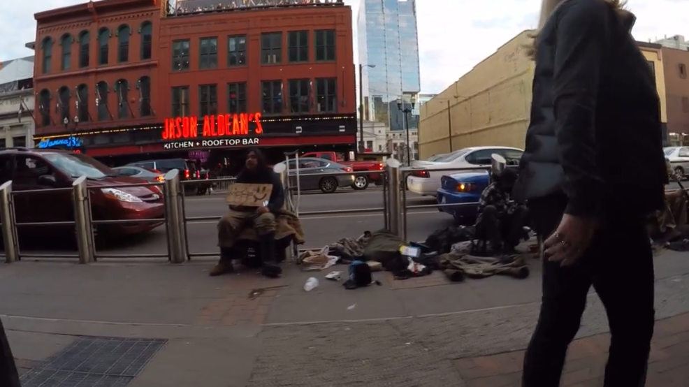 Video shows aggressive panhandlers bombarding Nashville tourists on Broadway