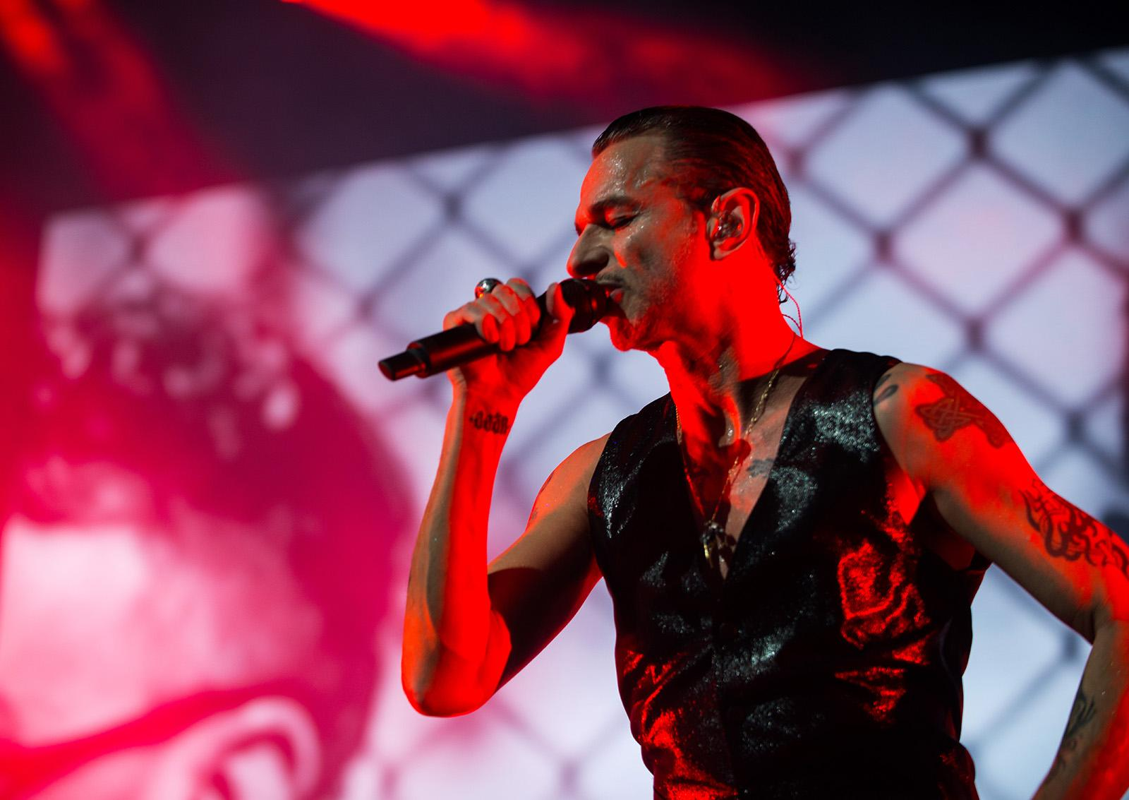 Depeche Mode Brings Global Spirit Tour To Portland Kmtr