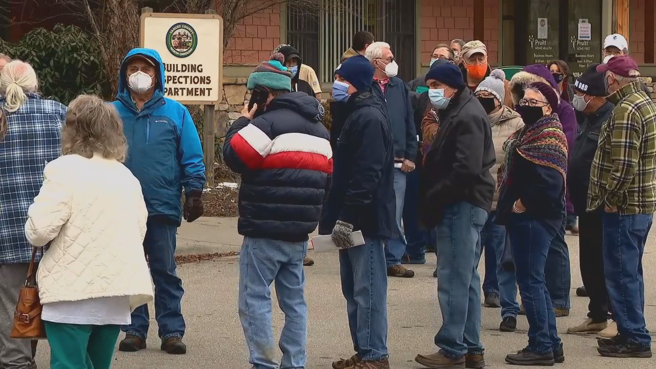 JANUARY 19, 2021 - Long lines for the COVID-19 vaccine outside the Yancey County Health Department (Photo credit: WLOS Staff)