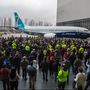 Boeing's new 737 MAX 7 to take inaugural flight over Seattle Friday