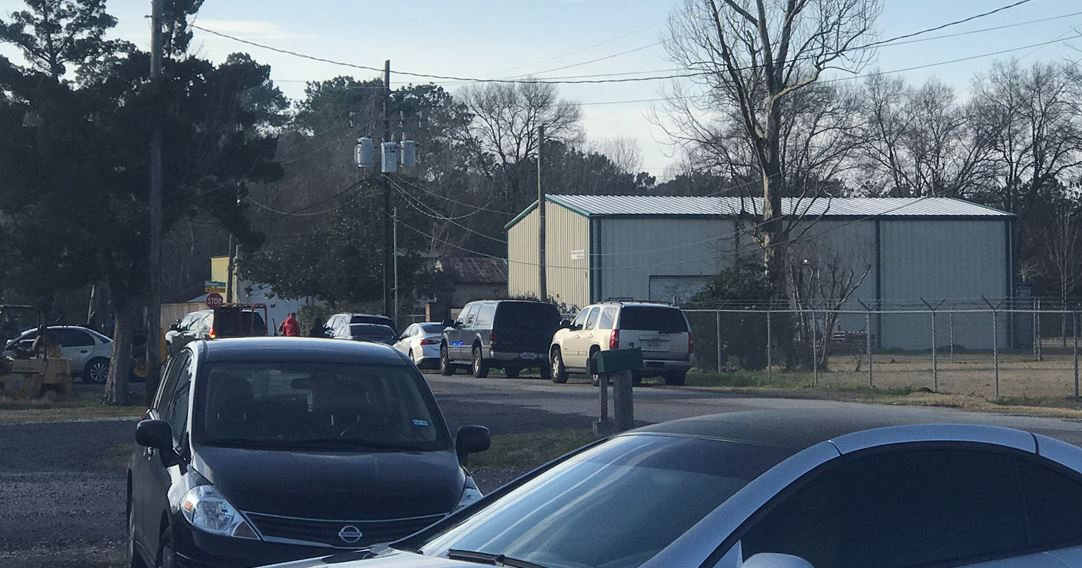<p>The FBI is executing a search warrant near College Street and Dixie in Beaumont, leading to closure of three intersections in that area. (KFDM/Fox 4 photos)</p>