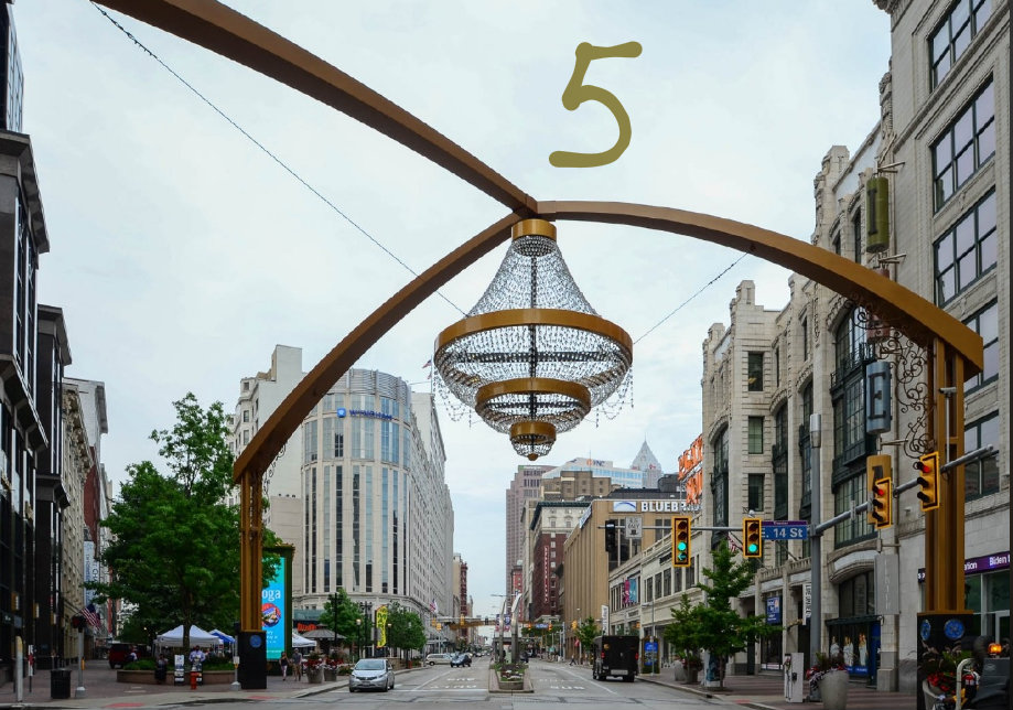 #5 - Did you know the world's largest chandelier is at Playhouse Square in Cleveland? / Image: Sherry Lachelle Photography