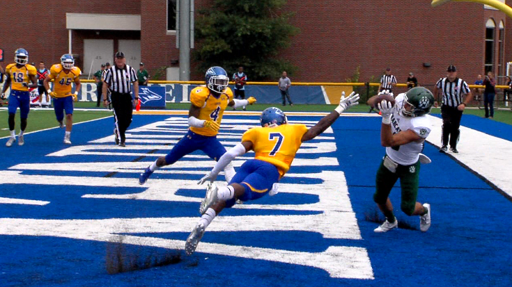 Northwest Missouri State wide receiver Shane Williams (80) catches a touchdown at Cope Stadium, Sept. 16, 2017 versus UNK (KHGI)