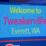 'Welcome to Tweakerville' sign turns heads in Everett