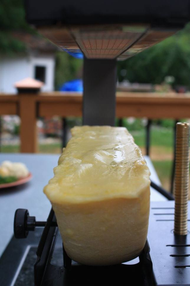 Seattle's 'Fire and Scrape' sells melted Raclette cheese at the Fremont Sunday Market. (Image: Fire and Scrape Facebook page)