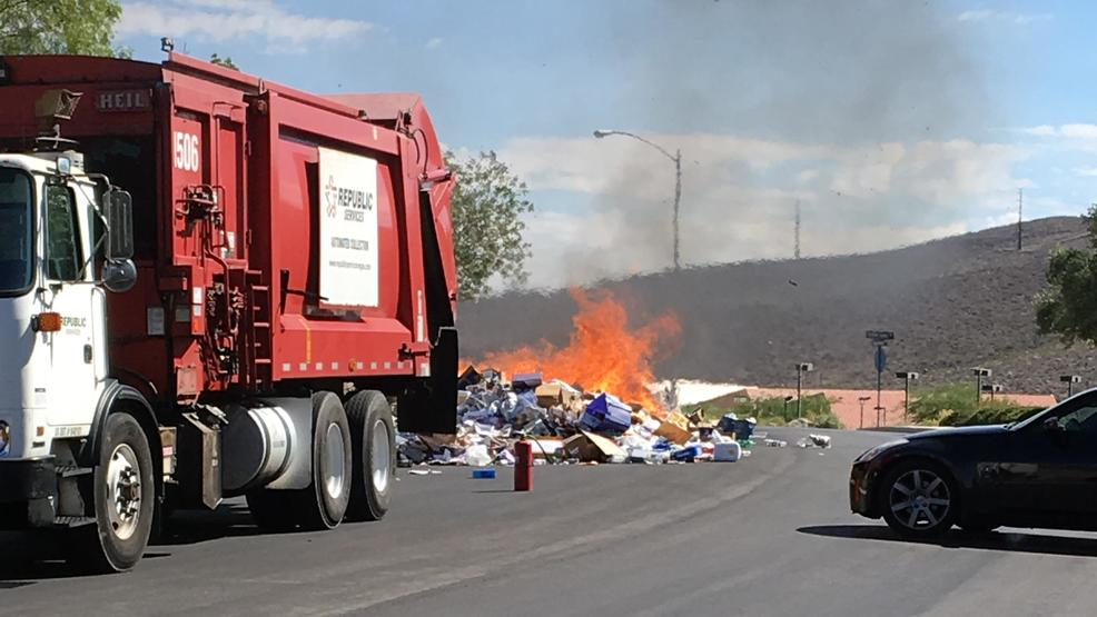 Calendar Republic Services : Hot load fire forces garbage truck to dump contents in