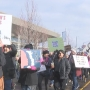 Hundreds participate in Women's March on Yakima