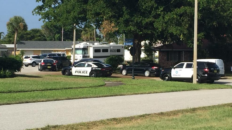 Man shot in Gardens dies in North Palm Beach backyard | WPEC