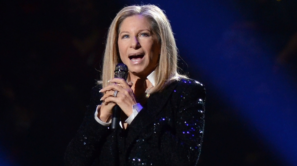 Barbra Streisand urges Apple boss to change Siri's pronunciation of her name