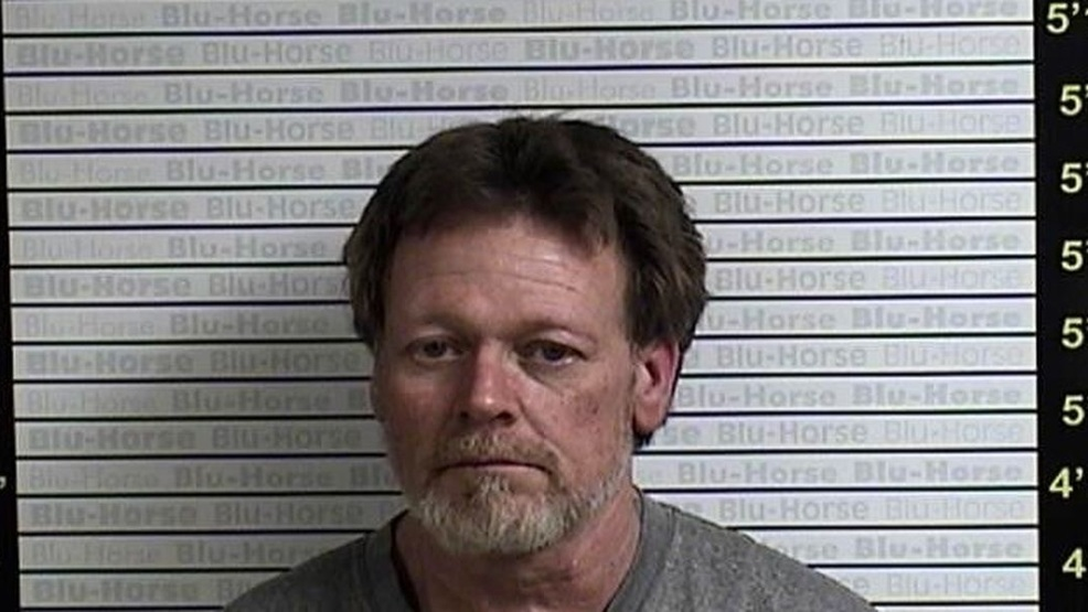 Extra blankets, homemade tattoo gun and curtain rod weapon found in inmate's cell (Source - Graves County Sheriff's Office).jpg