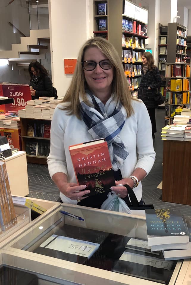 Kristin with 'The Great Alone' (Image: Kristin Hannah)