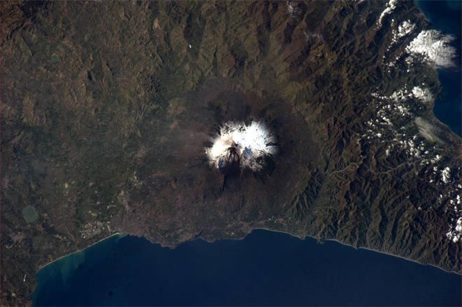 A slightly different view of Mount Etna in Sicily, Italy (Photo & Caption: Rick Mastracchio, NASA)