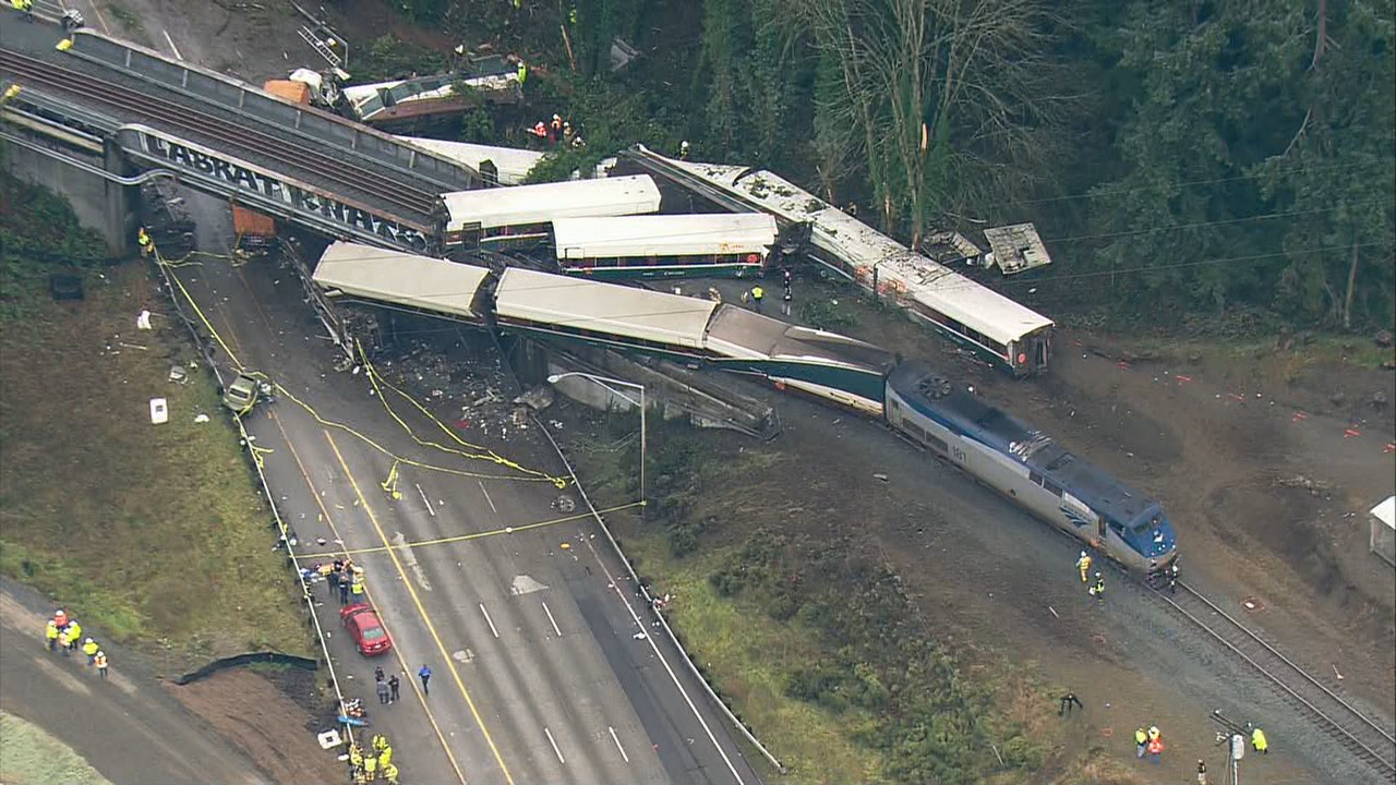 Three people were killed and dozens were hurt when Amtrak train 501 derailed near Dupont, Wash. Dec. 18, 2018. (Photo: KOMO News/Air 4)<p></p>