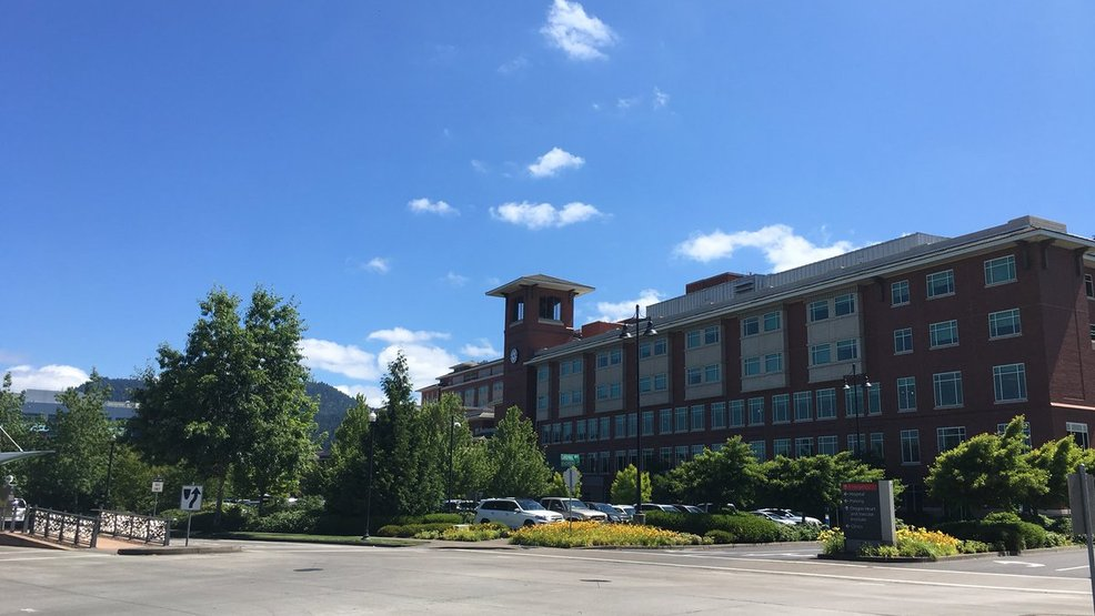 sacred heart medical center at riverbend Located on the banks of the mckenzie river in springfield, peacehealth sacred heart medical center at riverbend has become one of oregon's busiest hospitals.
