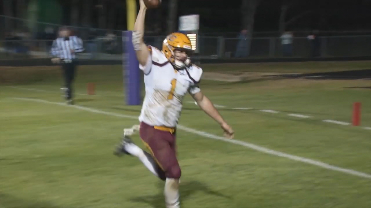 <p>In 1A playoffs, No. 2 Cherokee stopped No. 1 Mitchell, 42-28. (Photo credit: WLOS staff)</p>