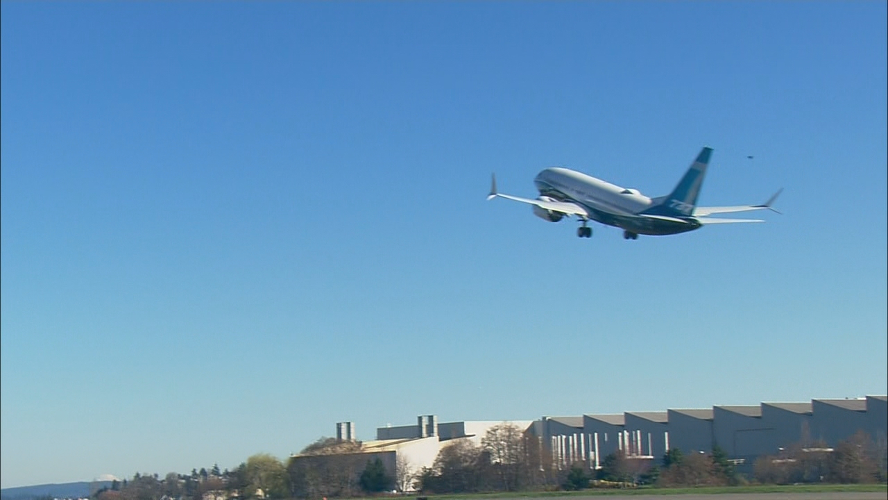 Boeing's new 737 MAX 7 takes inaugural flight over Seattle Friday (KOMO Photo)<p></p>