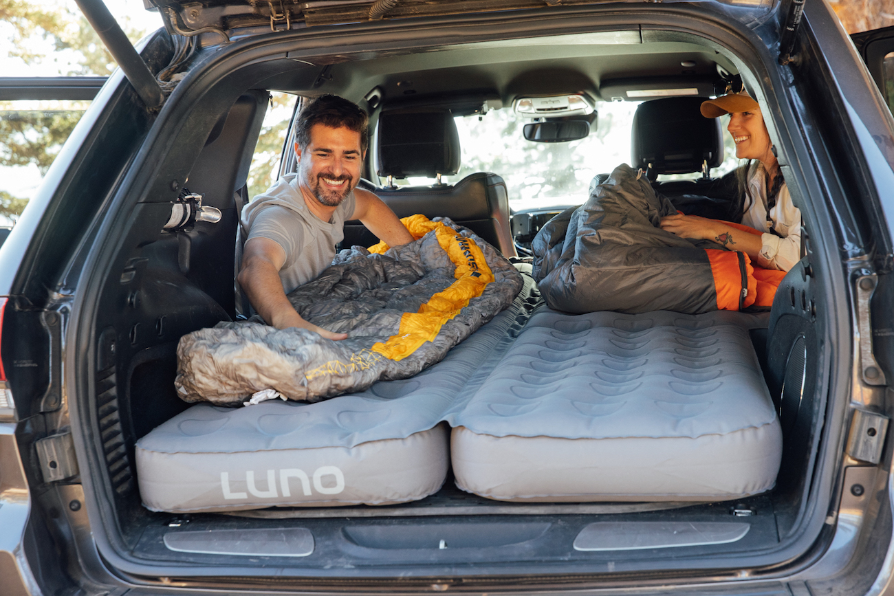 "<p>The Luno Life Air Mattress 2.0 is an air mattress that conveniently converts the back of your SUV into a comfortable camping bed. It can comfortably sleep two adults to help facilitate your self-contained adventures. /{&nbsp;}<a  href=""https://lunolife.com/"" target=""_blank"" title=""https://lunolife.com/"">Website{&nbsp;}</a>/ Price: $224.99 / Image courtesy of Luno Life // Published: 12.6.20</p>"