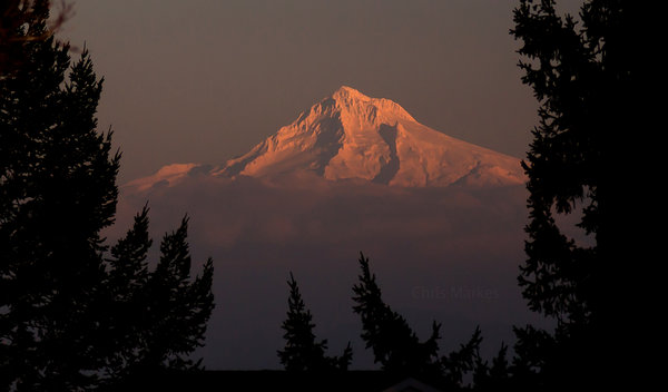 Mt. Hood Above the Clouds from Lake Oswego. (YouNews contributor markesc)