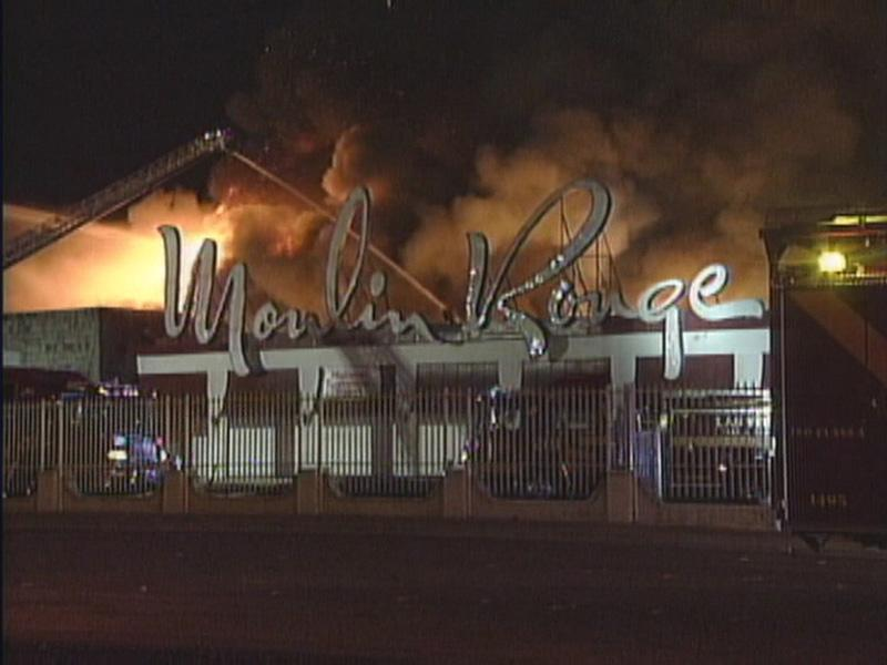 Fire at the Moulin Rouge.jpg
