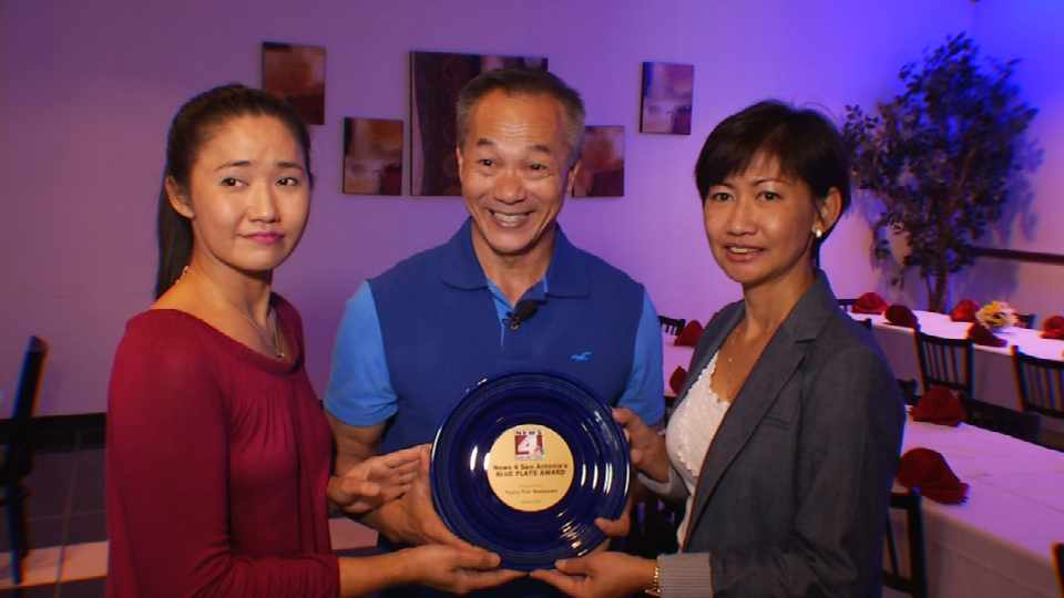 Ya-Ya's Thai Restaurant awarded Blue Plate (Photo: SBG San Antonio)