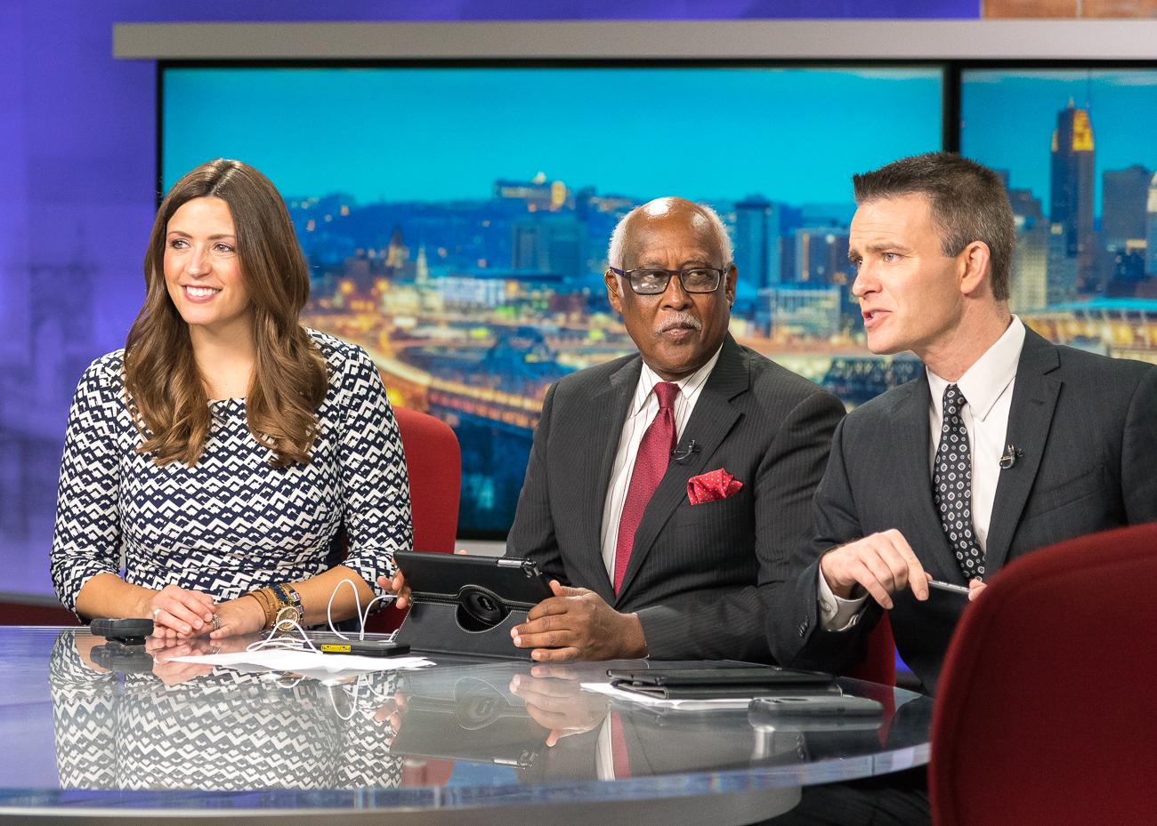 <p>Meteorologist Tera Blake with Local 12 News anchors John Lomax and Bob Herzog / Image: Phil Armstrong, Cincinnati Refined // Published: 10.5.18<br></p>