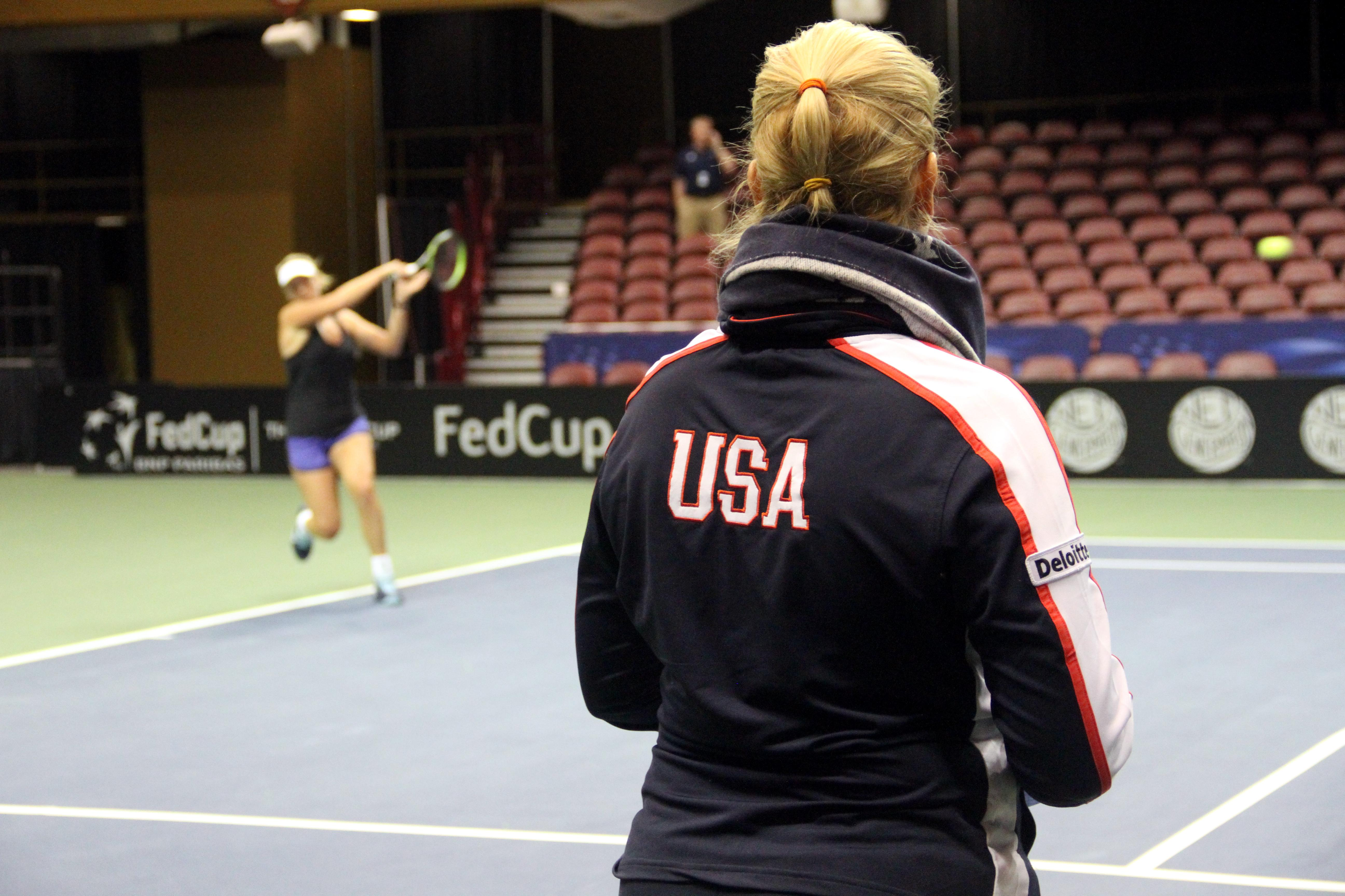 CoCo Vandeweghe practices at the US Cellular Center on Feb. 7, 2018, as Captain Kathy Rinaldi looks on. (Photo credit: WLOS Staff)