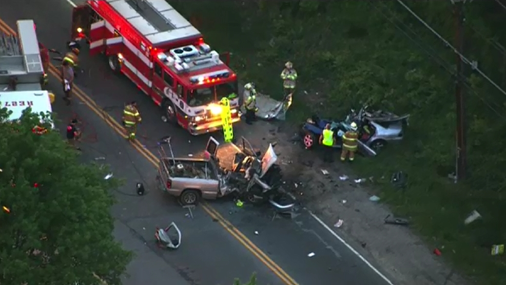 photos 5 people injured 2 critically in maryland car accident