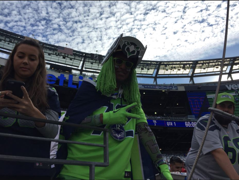 Seahawks fans show their support Sunday at MetLife Stadium in New Jersey for Seahawks vs. NY Giants. (KOMO News)<p></p>