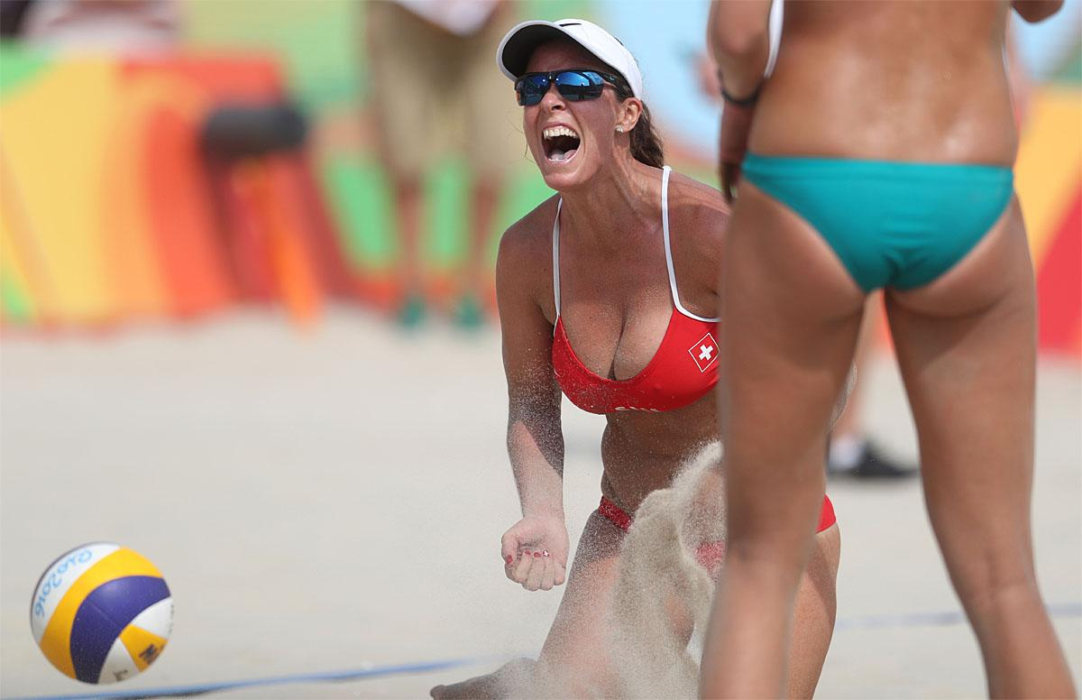 Volleyball olympic women beach