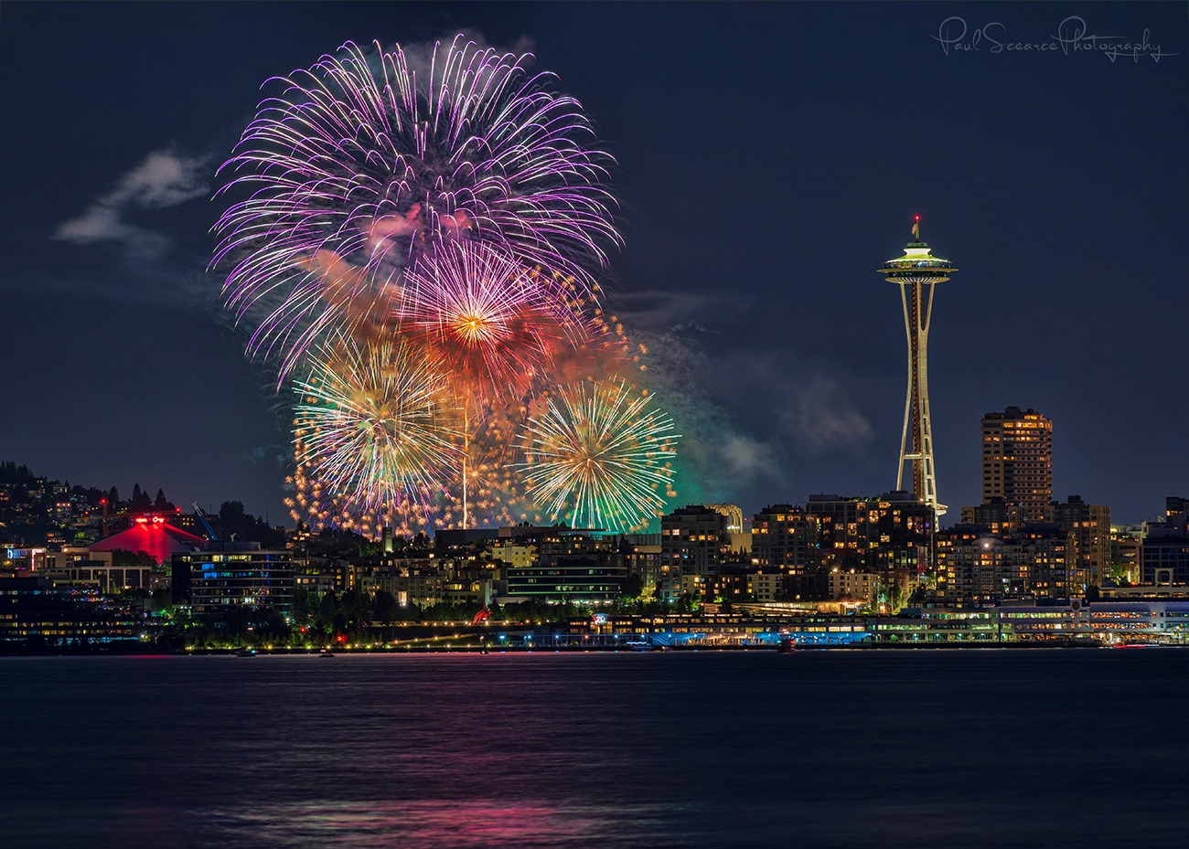 Fourth of July fireworks in Seattle (Photo: Paul Scearce)