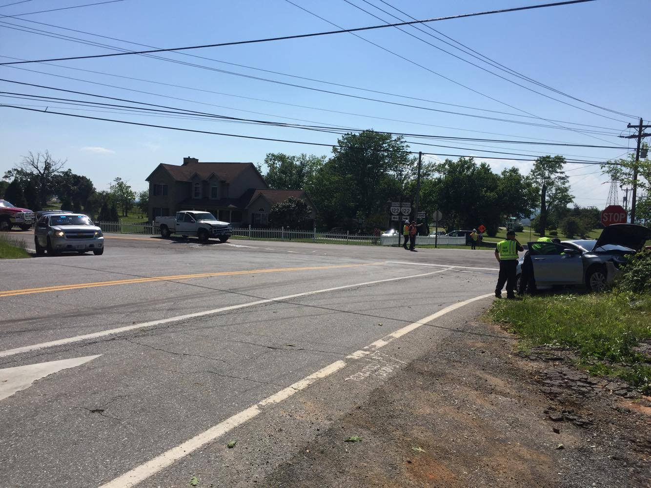 Several vehicles were involved in an accident at the intersection of Centerville Rd. and Route 122 (Photo: WSET)