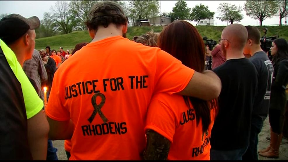 After the April 22, 2016 murders, friends and family of the Rhodens held a prayer vigil. (WSYX/WTTE)