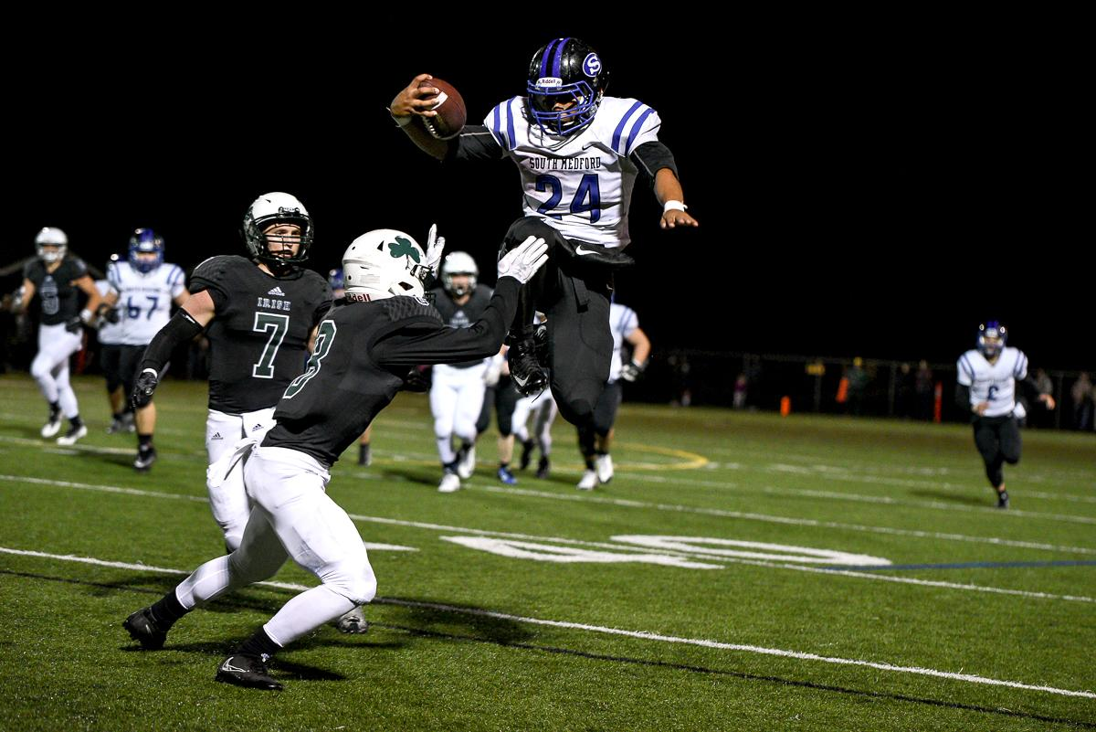 South Medford running back Jaylin Parnell (#24) is flagged for hurdling during Medford's 31-14 victory over Sheldon. Photo by Jeff Dean, Oregon News Lab