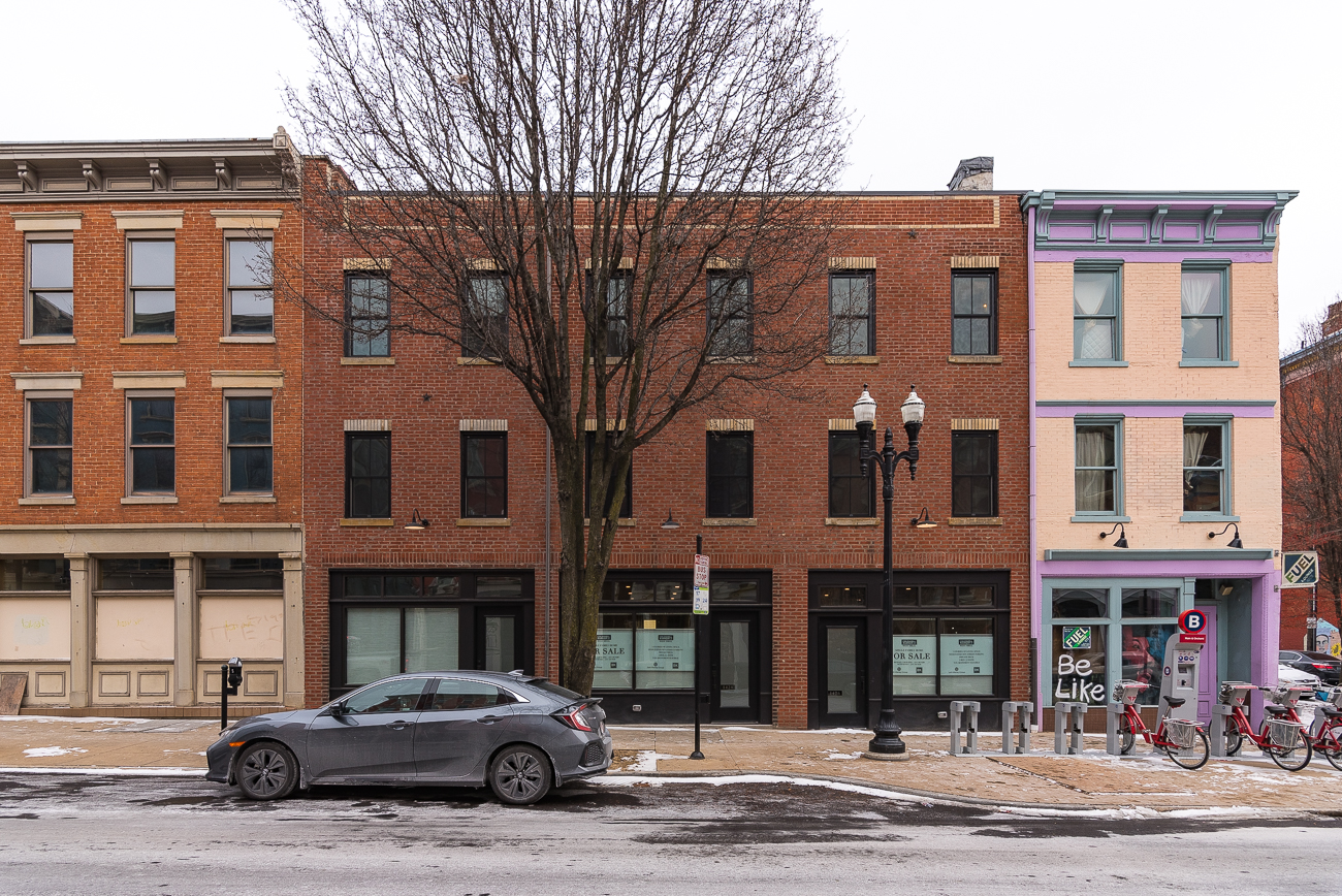 1428 Main Street is listed for $489,000 by Michael Chewning and Seth Maney with Coldwell Banker West Shell. / Image: Phil Armstrong, Cincinnati Refined // Published: 2.17.19
