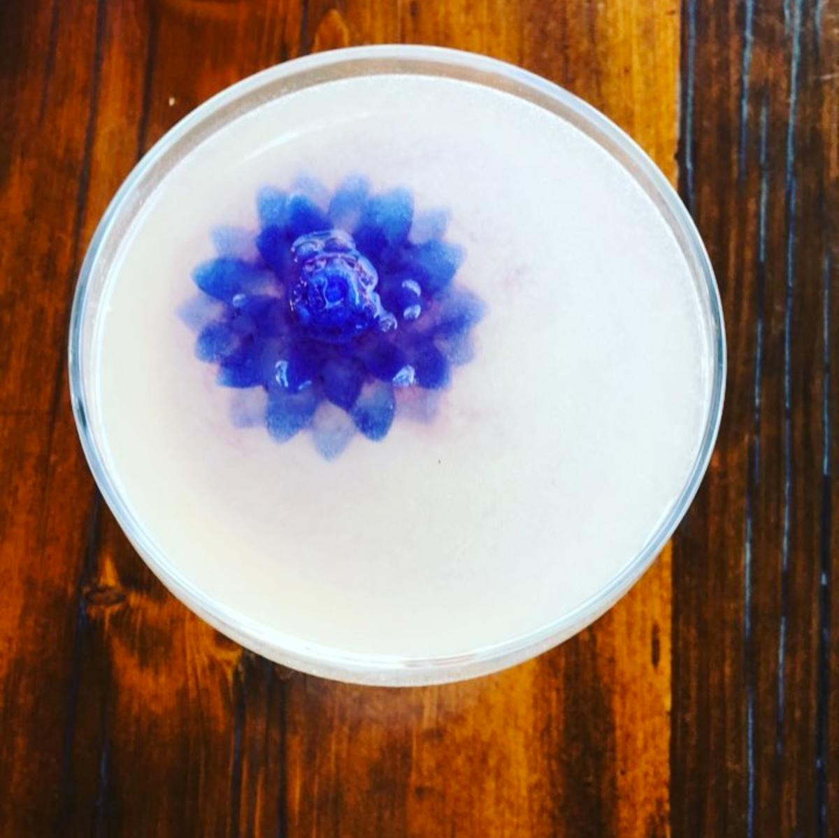 Did we mention the food and drink? Check out this cocktail from mezcal-hot spot Espita. (Image via @elisewho)