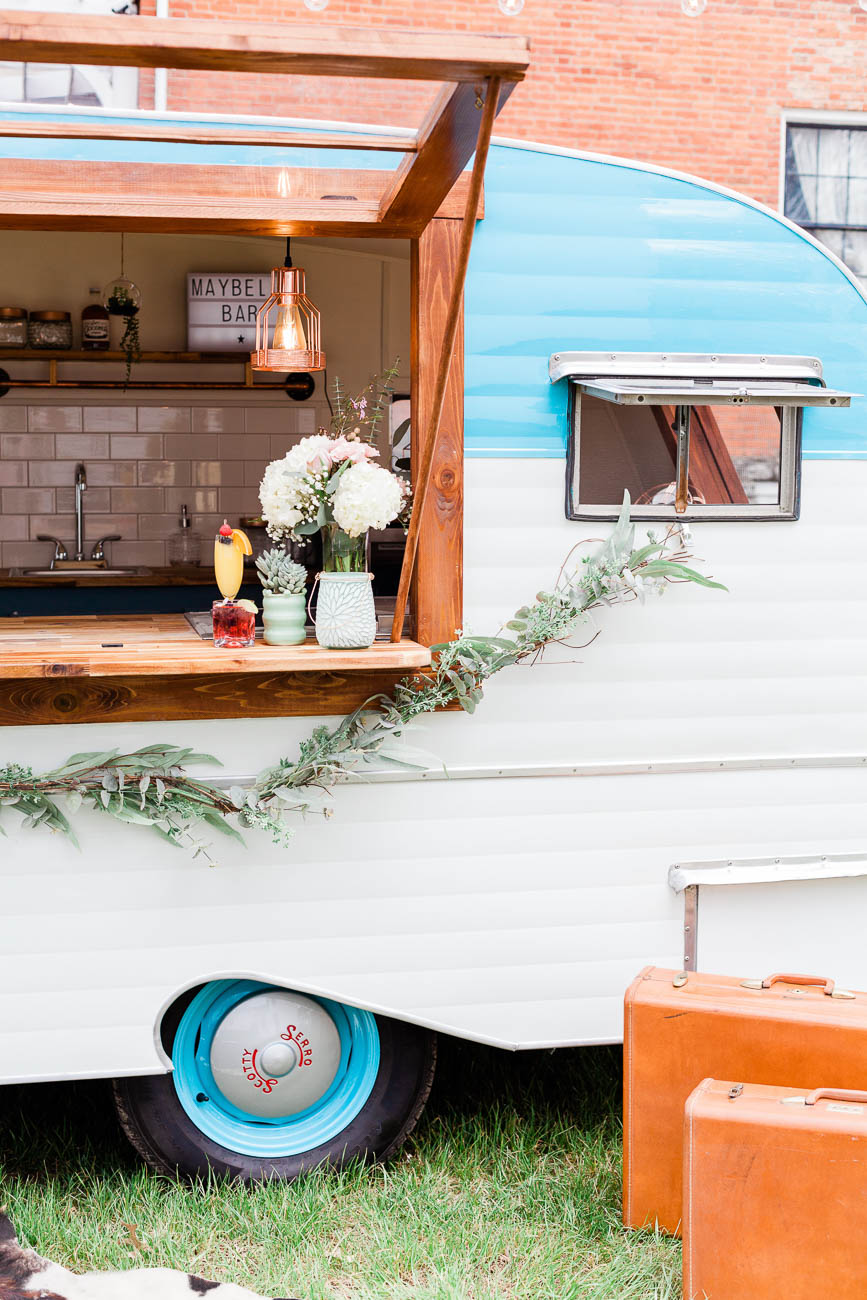 The authentic 1960s camper was purchased in Lebanon, OH. It was then renovated with fresh paint and a customized interior to store and serve the drinks conveniently. / Image: Jennifer Kruskamp // Published: 8.9.19