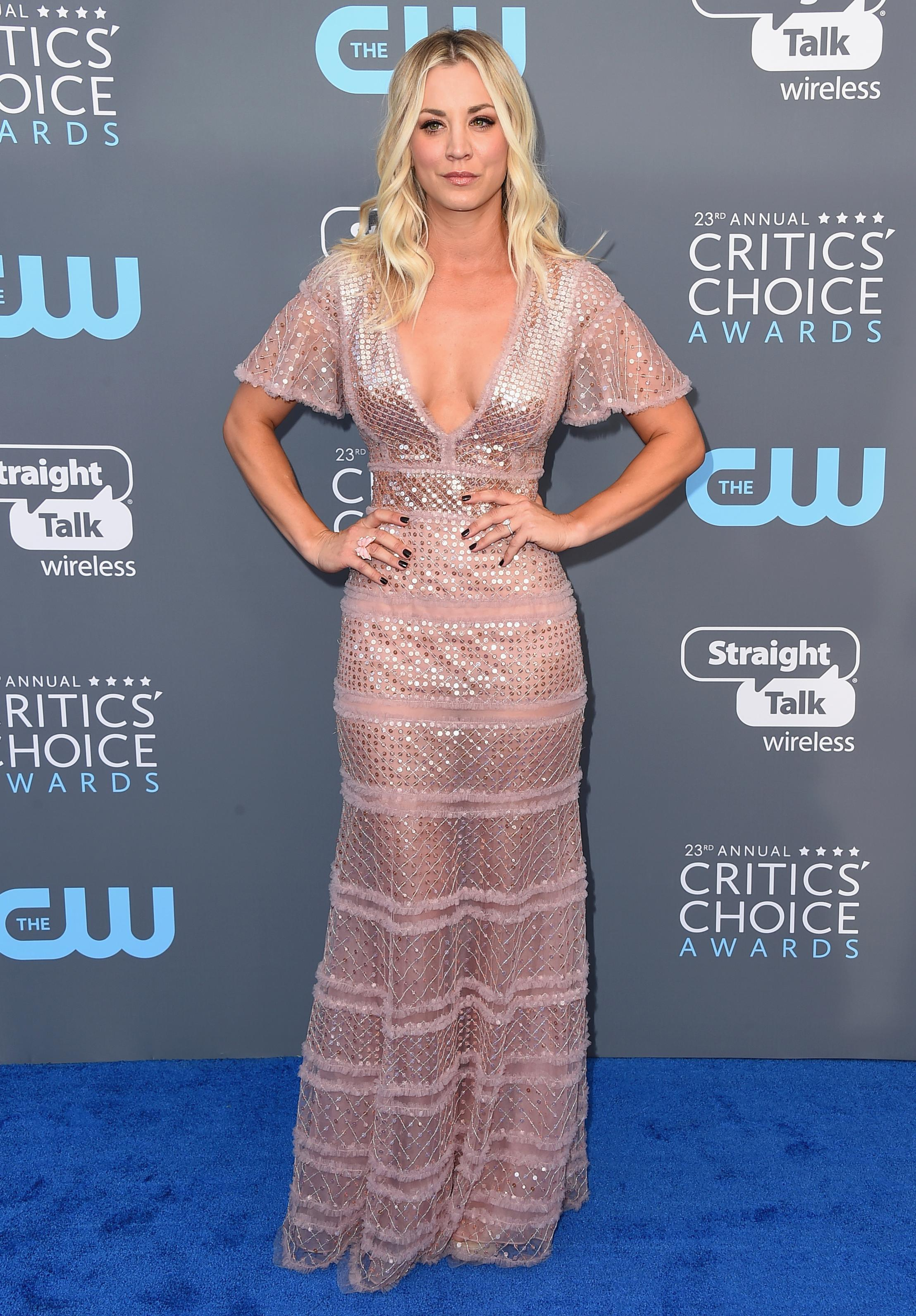 Kaley Cuoco arrives at the 23rd annual Critics' Choice Awards at the Barker Hangar on Thursday, Jan. 11, 2018, in Santa Monica, Calif. (Photo by Jordan Strauss/Invision/AP)