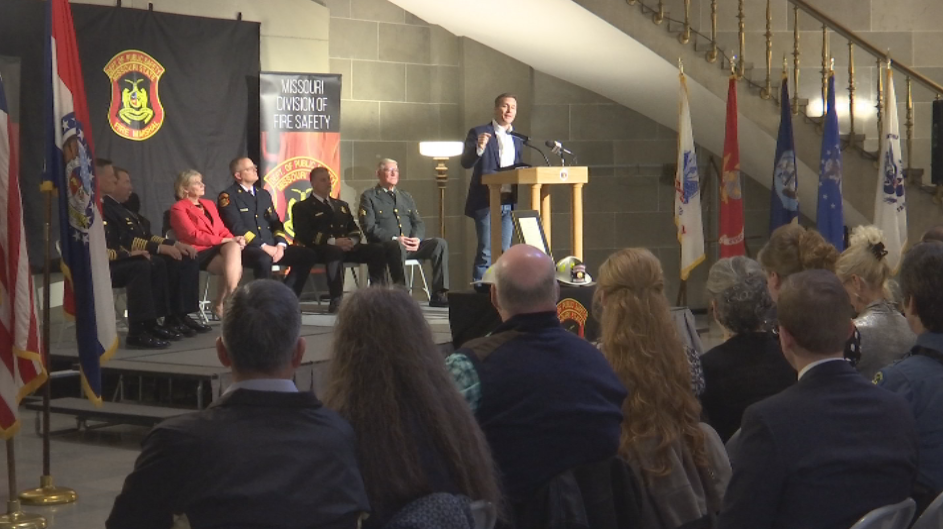Governor Greitens thanked firefighters. (Stephanie Hirata/KRCG 13) <p></p>