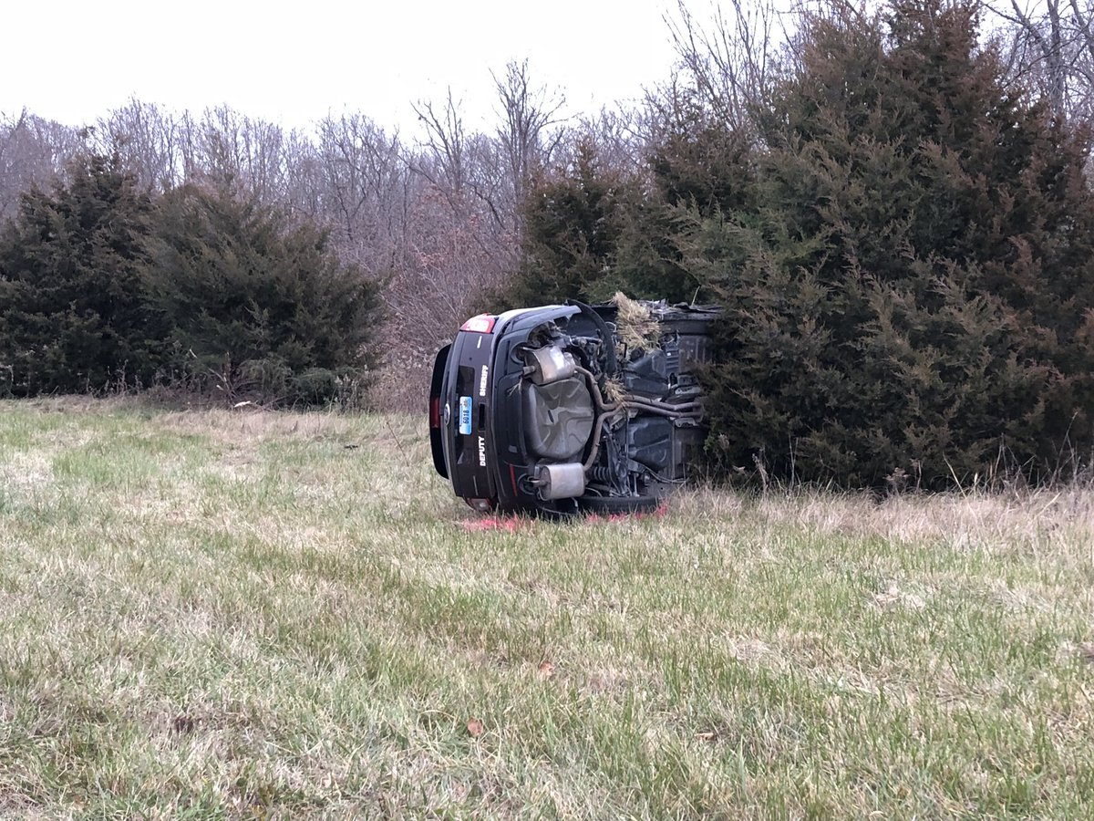 Sheriff's deputy and volunteer firefighter crashed responding to separate wreck on Route HH (KRCG 13){&amp;nbsp;}<p></p>