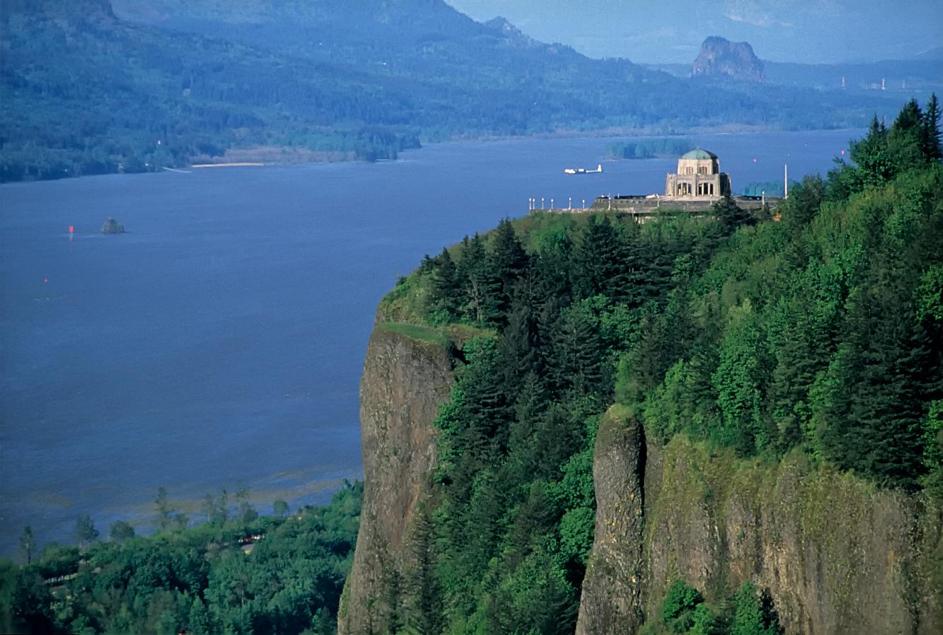 Vista House in the Columbia River Gorge (USDA Forest Service)