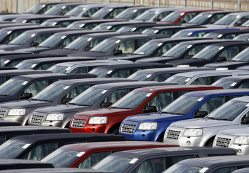 UK car sales drop in 2017 for first time in 6 years