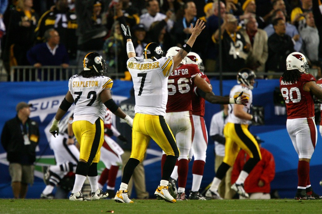 Ben Roethlisberger of the Pittsburgh Steelers celebrates the game-winning 6-yard touchdown pass to Santonio Holmes in the fourth quarter of Super Bowl XLIII on Feb. 1, 2009 at Raymond James Stadium in Tampa, Fla. The Steelers beat the Arizona Cardinals, 27-23. (Photo by Al Bello/Getty Images)