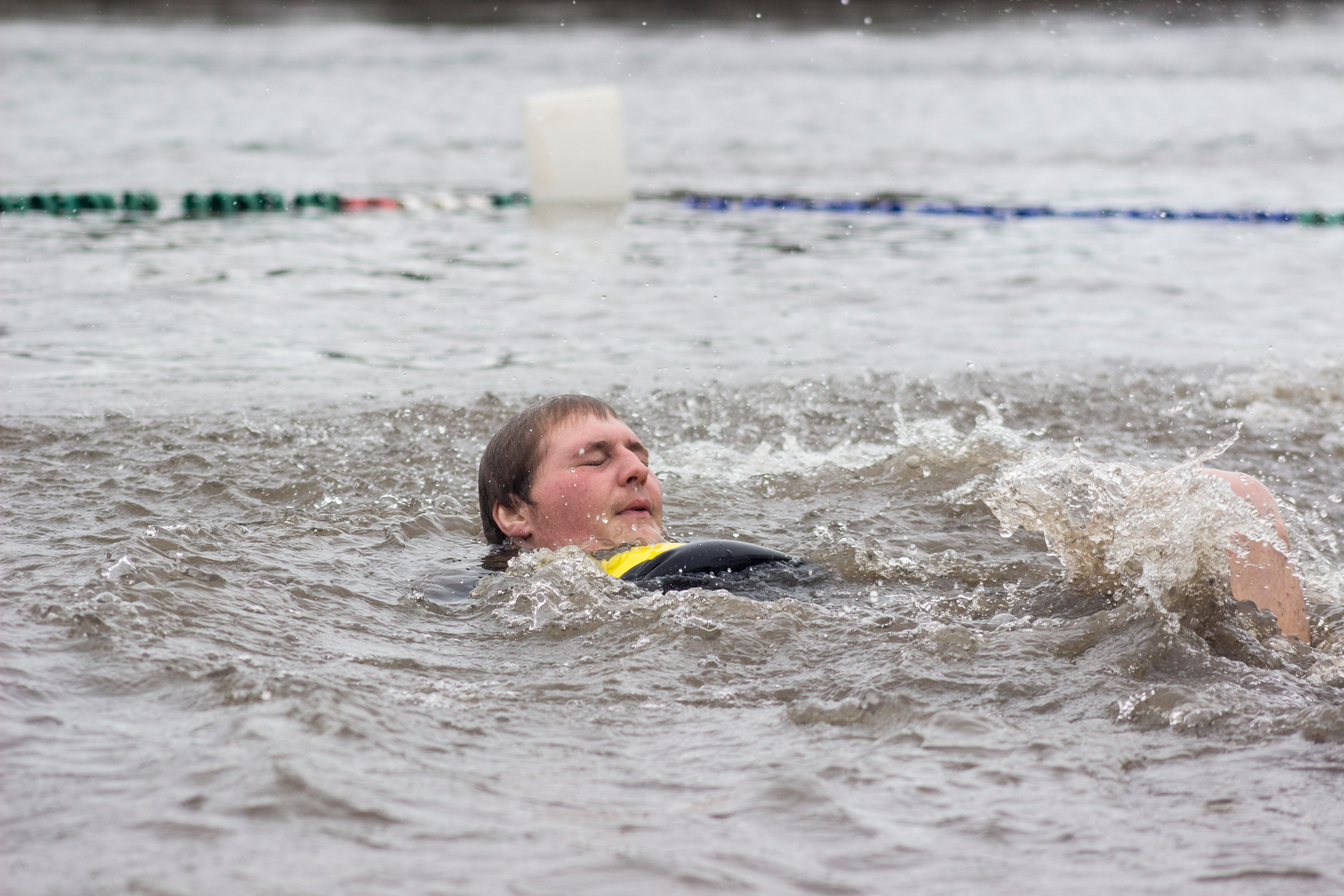 Hundreds of eager participants met at Maurie Jacobs Park in Eugene on Saturday, Feb. 13 to take the Polar Plunge into the Willamette River. The event benefitted Special Olympics Oregon. Photo by Amanda Butt